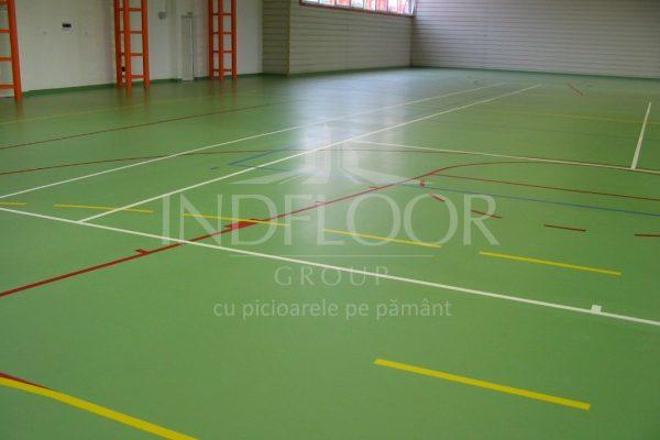 Pardoseala din poliuretan sala sport Bistrita