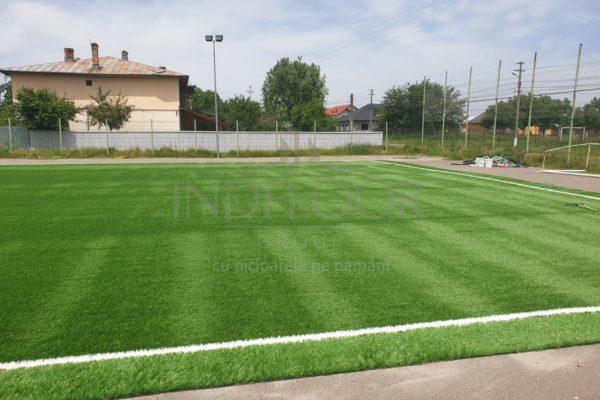 Teren fotbal cu gazon sintetic Galati