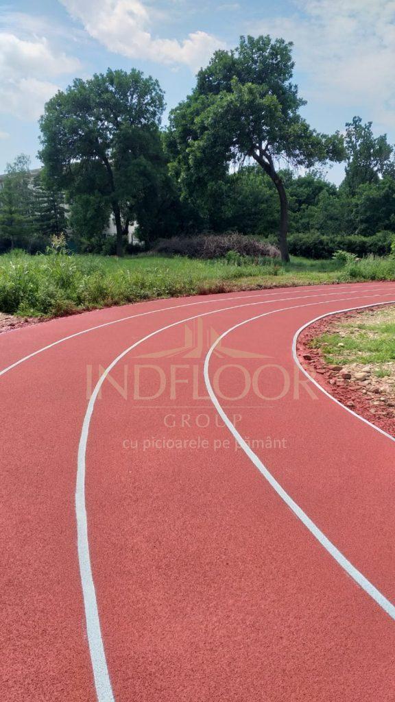 pardoseala pista atletism